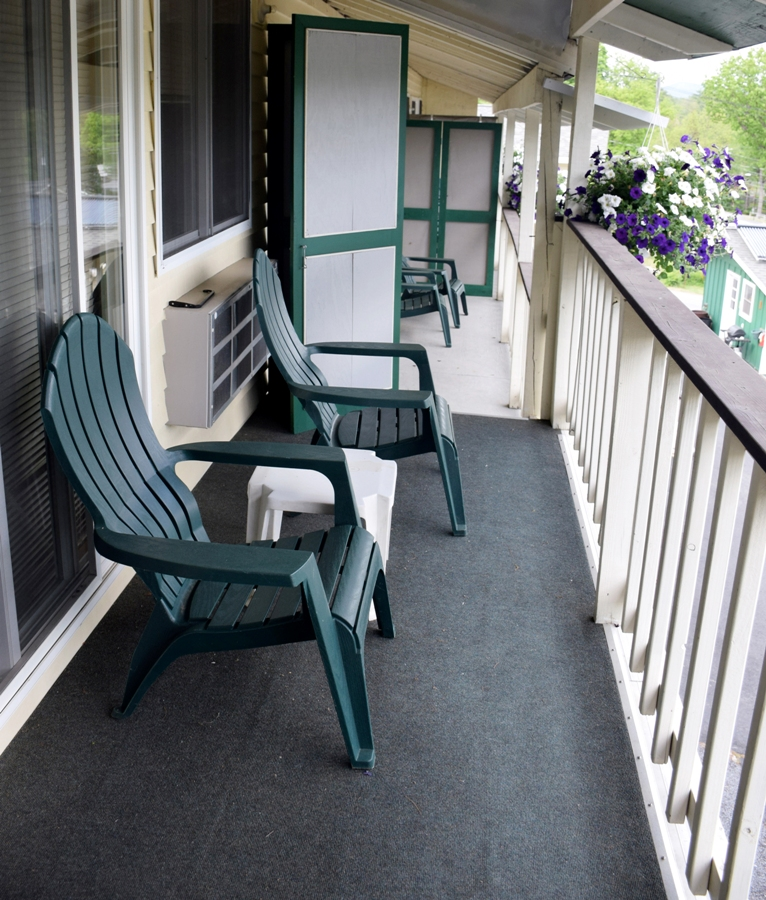 balcony_lake_george